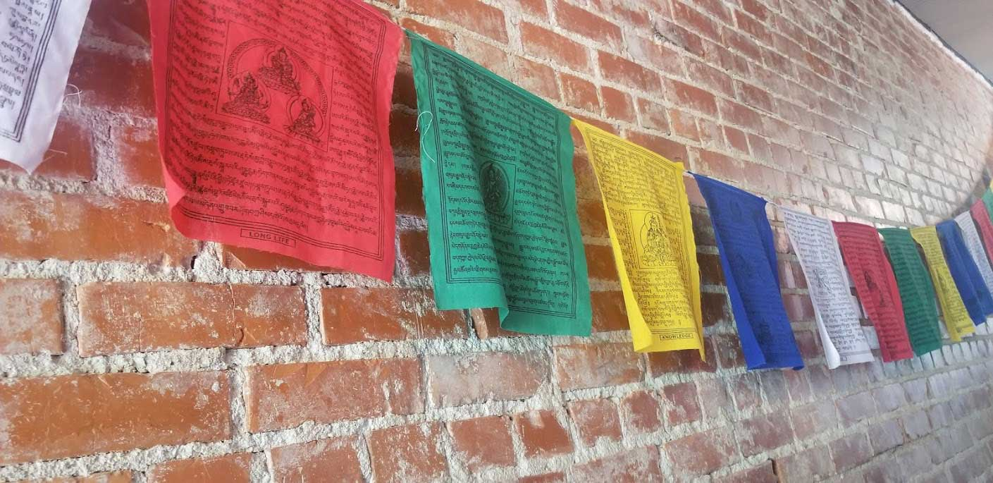 tibetan-flags